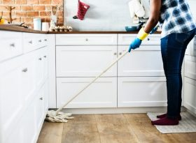 Какой вид домашней уборки предпочесть